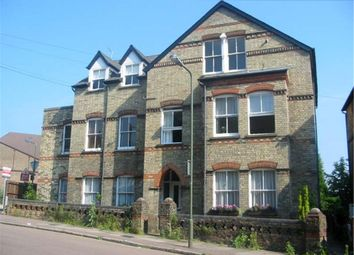 Thumbnail 2 bed flat to rent in Park Road, Barnet, Hertfordshire