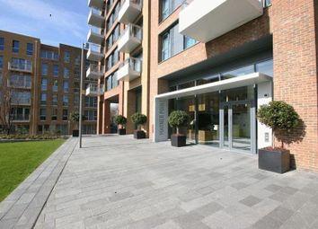 Thumbnail Flat to rent in The Plaza, Devas Street, London