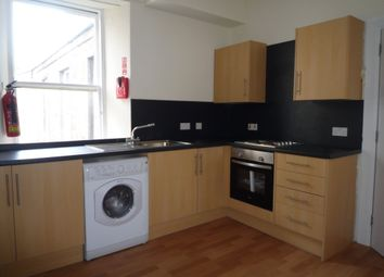 3 bed flat to rent in Nethergate, City Centre, Dundee DD1