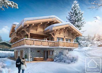 Thumbnail Chalet for sale in Rhône-Alpes, Haute-Savoie, Les Gets