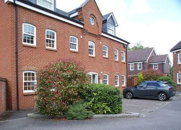 Thumbnail 2 bed flat to rent in Winsdor Close, Godalming