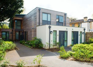 Thumbnail 1 bed flat to rent in Tyndalls Park Road, Clifton, Bristol