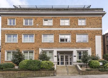 2 bed flat for sale in Parkshot, Richmond TW9