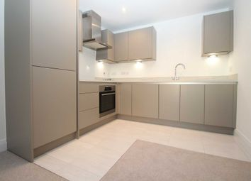 Thumbnail 2 bed flat for sale in K D, Cotterells, Hemel Hempstead