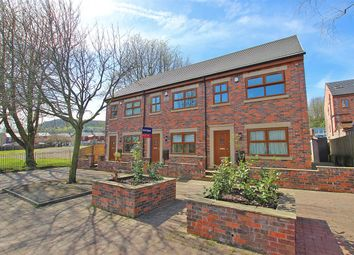 Thumbnail 3 bed town house to rent in Shaftesbury Avenue, Darwen