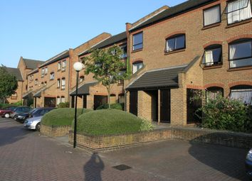 Thumbnail 1 bedroom flat to rent in Horseshoe Close, Dockland E14, London