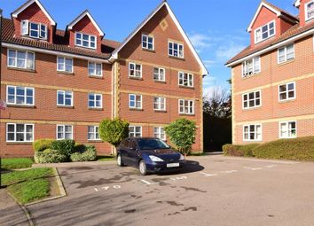 Thumbnail 2 bed flat for sale in Canada Road, Erith, Kent