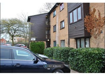 Thumbnail 1 bed flat to rent in Slough, Slough