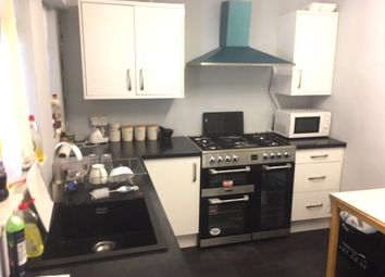 Shakespeare Road, Solihull B90. 3 bed town house