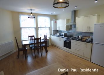Thumbnail 2 bed flat to rent in Junction Road, Ealing