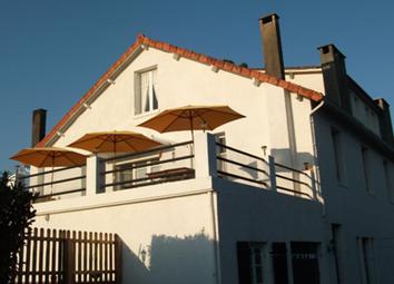 Thumbnail 8 bed detached house for sale in Piegut Pluviers, Nontron, Dordogne, Aquitaine, France