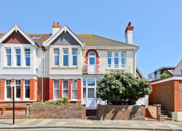 Thumbnail 2 bed flat for sale in Glendor Road, Hove