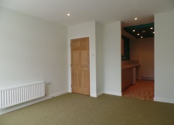 Thumbnail 3 bed flat to rent in Roxburgh Apartments, Whitley Bay