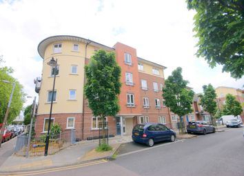 Thumbnail 1 bed flat to rent in Campion Road, Leyton