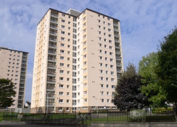 Thumbnail 2 bed flat to rent in Ravens Craig, Kirkcaldy