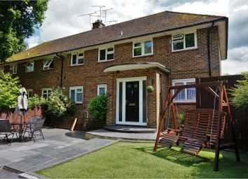 Thumbnail 2 bed flat for sale in Worth Road, Crawley