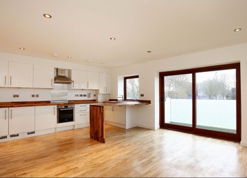Thumbnail 2 bed flat for sale in 1 Antwerp Way, London