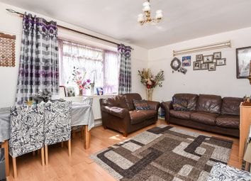 Thumbnail 2 bed flat for sale in Morris Gardens, Southfields, London