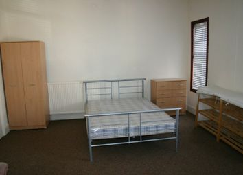 Thumbnail Room to rent in Station Road, Beeston
