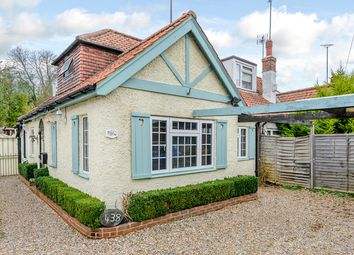 Thumbnail 3 bed bungalow for sale in Chipstead Valley Road, Coulsdon