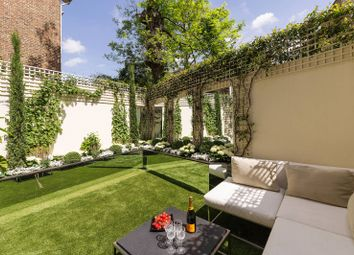 Thumbnail 3 bedroom flat for sale in Flood Street, Chelsea