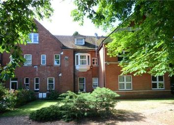 Thumbnail 3 bedroom flat for sale in Newlands House, Bath Road, Maidenhead