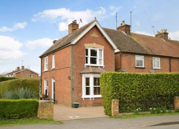 New Road, Weston Turville, Aylesbury HP22. 3 bed detached house for sale