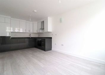 2 bed flat to rent in Bromham Road, Charter House. Flat 20, Bedford MK40