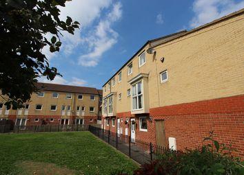 Thumbnail 4 bed property to rent in Carpathia Drive, Southampton