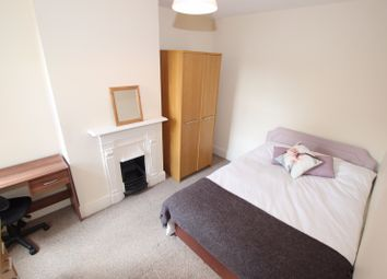 Thumbnail Room to rent in Argyle Street - Room 4, Reading