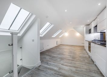 Thumbnail 2 bed flat to rent in New Kings Road, Fulham, London