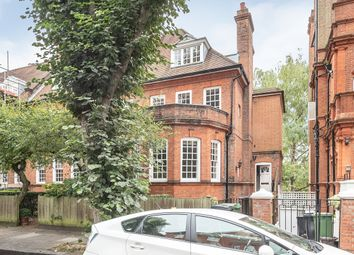 Thumbnail 4 bedroom flat to rent in Wedderburn Road, London