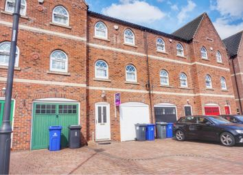 4 bed town house for sale in Maltings Court, Kirk Sandall, Doncaster DN3