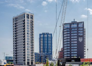 Thumbnail 2 bed property for sale in Albion House, City Island, London