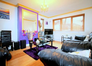 Thumbnail Room to rent in 12 Folkestone Road, East Ham