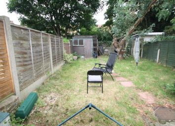 Thumbnail 1 bedroom flat to rent in Glenwood Avenue, Westcliff-On-Sea