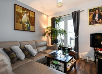Thumbnail 2 bed flat for sale in Gilson Place, Muswell Hill N10,