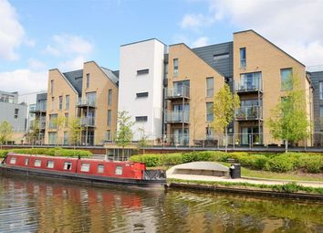 Thumbnail 1 bed flat to rent in Didcot House, Chantry Close, Yiewsley