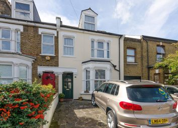 Thumbnail 4 bed property to rent in Parkhurst Road, Friern Barnet
