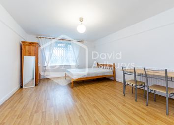 Thumbnail Studio to rent in Green Lanes, Manor House, London