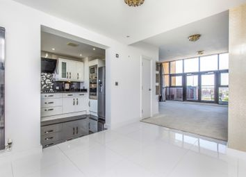 Thumbnail 3 bed maisonette to rent in Canute Road, Ocean Village, Southampton