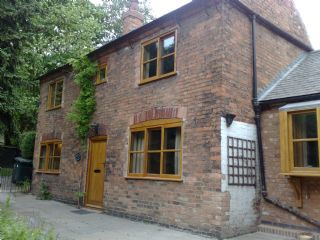 Thumbnail 2 bed cottage to rent in 4 Orchard Avenue, Carlton, Nottingham.