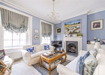 2 bed maisonette to rent in Fulham Road, Fulham SW6