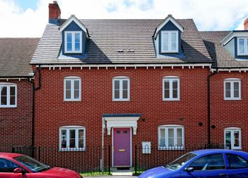 Thumbnail 5 bed town house to rent in Prince Rupert Drive, Buckingham Park, Aylesbury, Bucks