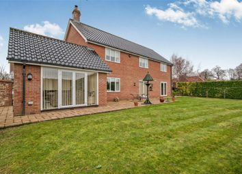 Thumbnail 4 bed detached house for sale in Pipers Gardens, Diss