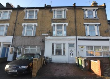 Thumbnail 3 bed flat to rent in Erskine Road, London