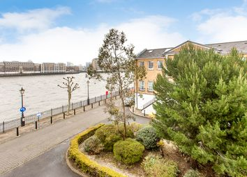 Thumbnail 2 bed flat to rent in Helena Square, Rotherhithe, London