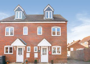 3 bed town house for sale in Pedley Way, Bedford MK41