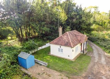 Thumbnail 1 bed cottage to rent in Hogs Back, Guildford