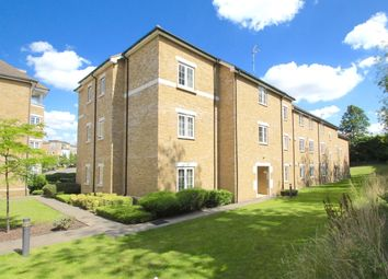 Thumbnail 3 bed flat to rent in Clear Water Place, Oxford